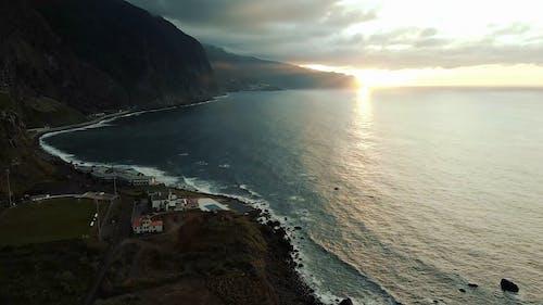 Gratis lagerfoto af bjerg, bugt, hav