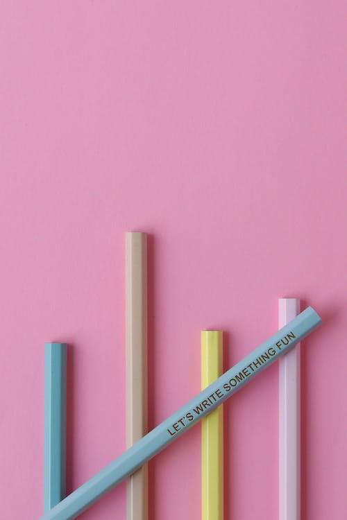 Ingyenes stockfotó #ceruza, #irodaszer, #rózsaszín témában