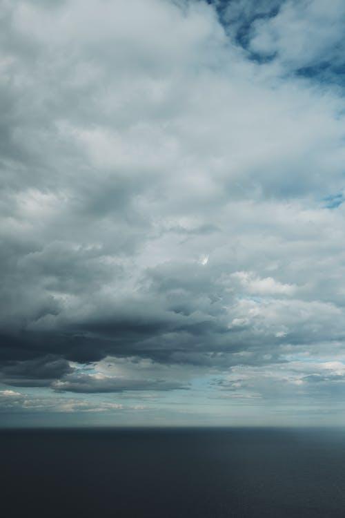 คลังภาพถ่ายฟรี ของ กลางแจ้ง, ครึ้มเมฆ, ดราม่า, ดวงอาทิตย์