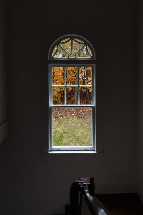 Casement vs. Double-Hung Windows