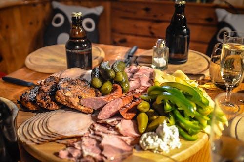 Gratis stockfoto met augurken, bier, eten, ham