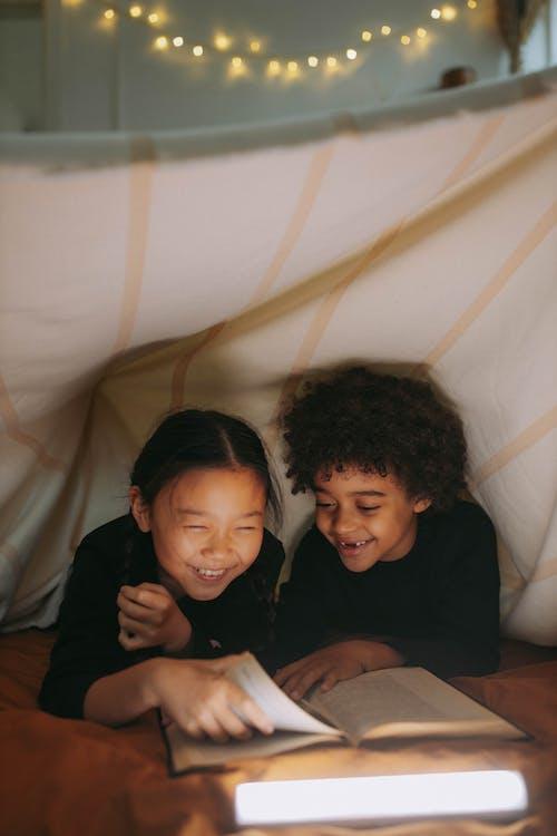 Kostenloses Stock Foto zu afrikanisches kind, afroamerikanisches kind, anzug