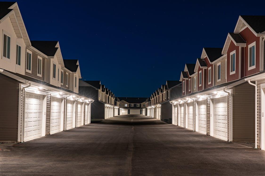 一排房屋, 住宅, 住宅大樓 的 免費圖庫相片