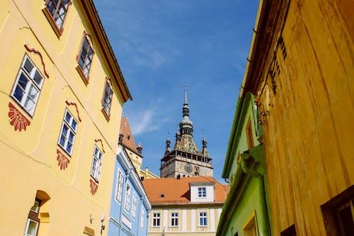 Foto profissional grátis de arquitetura, casas, céu, cidade