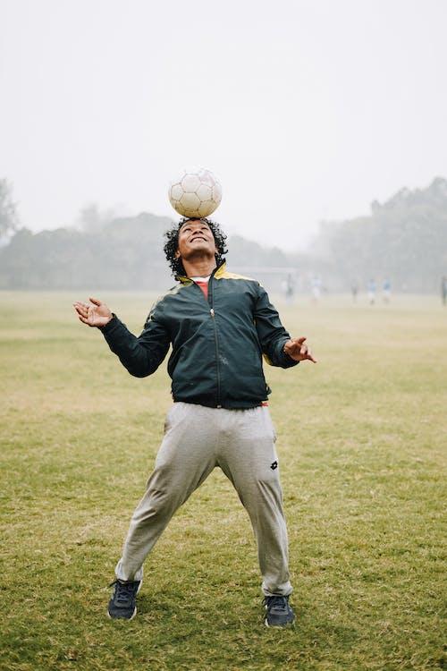 Immagine gratuita di abbigliamento sportivo, abilità, allegro, allenamento