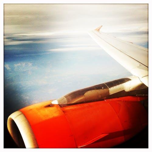 Бесплатное стоковое фото с авиационный двигатель, аэроплан