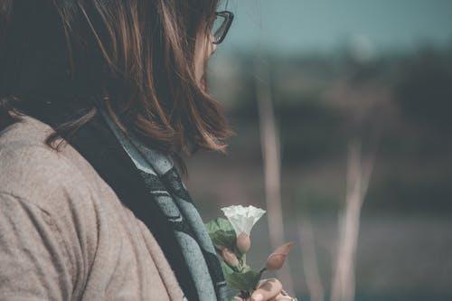 Free stock photo of cry, flower, girl, sabrina