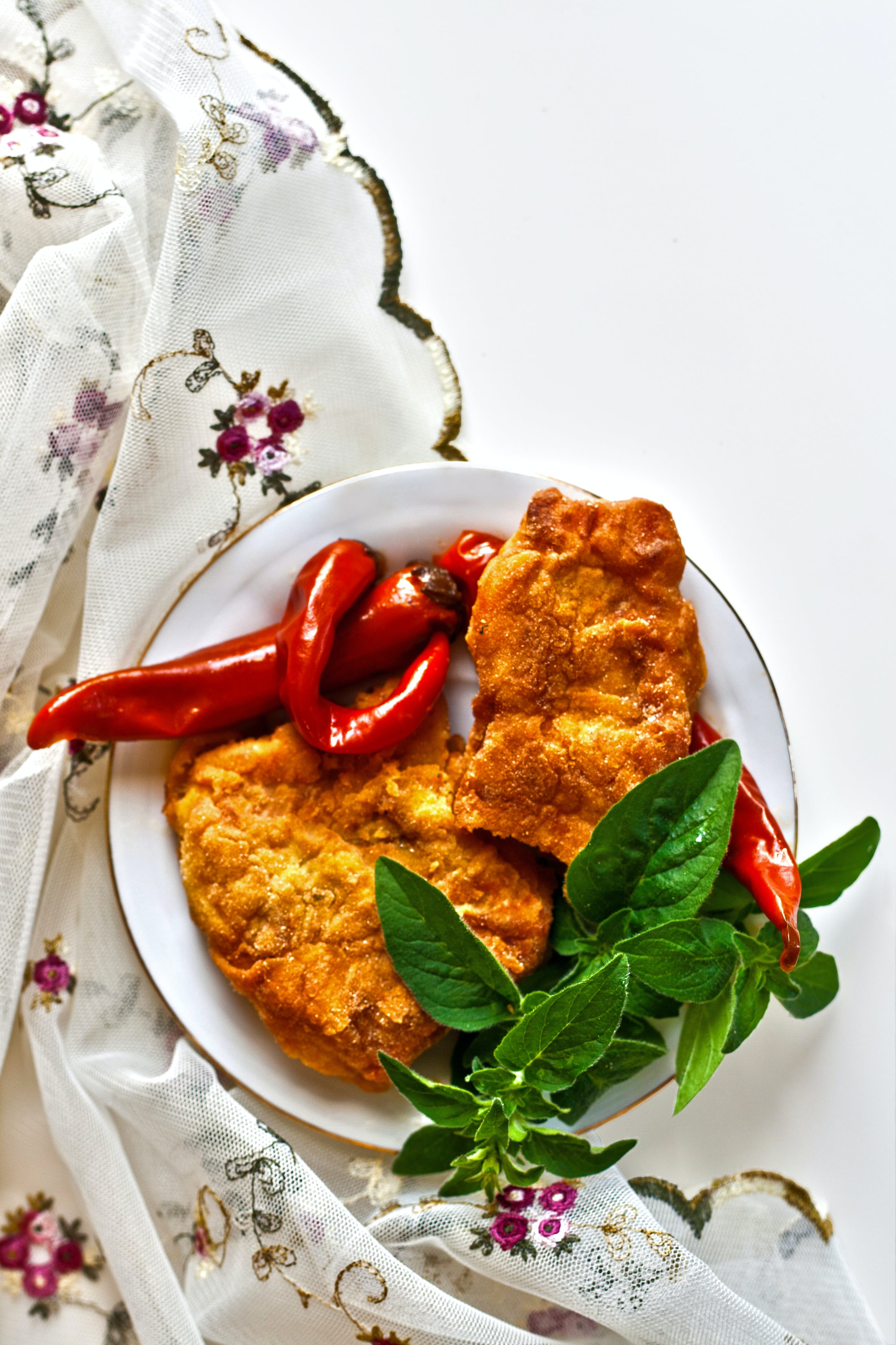 Fried fish with chili pepper and mint II