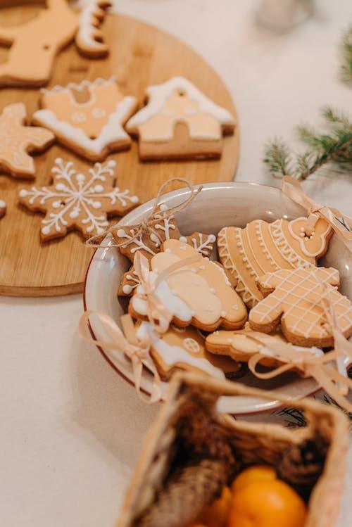 Darmowe zdjęcie z galerii z boże narodzenie, ciastka, ciastka świąteczne, cukier
