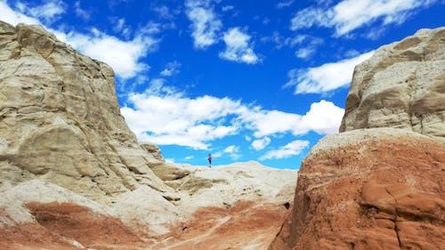 Foto stok gratis awan, batu, berdiri