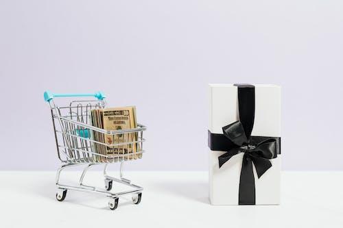 Gratis stockfoto met aanbieding, boodschappen doen, box
