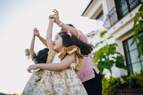 คลังภาพถ่ายฟรี ของ กลางแจ้ง, การอยู่ร่วมกัน, การเต้นรำ