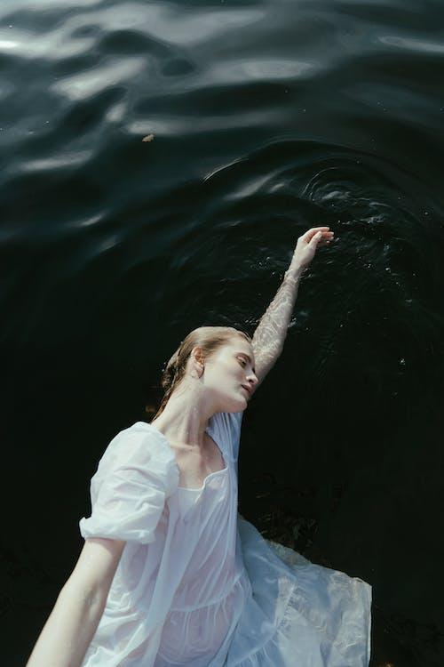 Ilmainen kuvapankkikuva tunnisteilla järvi, kelluva, kuva yläkulmasta
