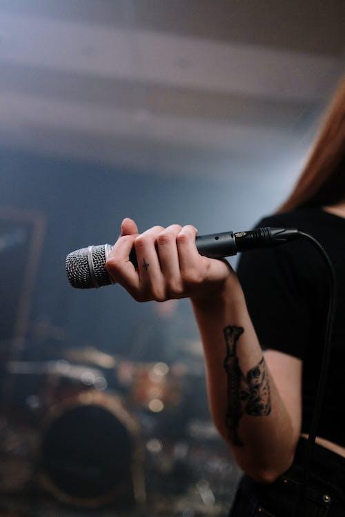 Fotos de stock gratuitas de actuación, actuación en vivo, actuando