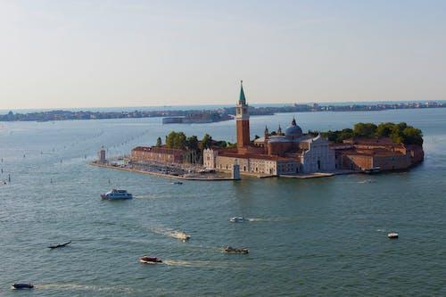 Gratis lagerfoto af arkitektur, båd, Grand canal, himmel