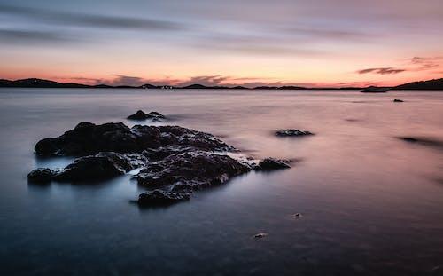 Gratis arkivbilde med daggry, fjell, fredelig, hav