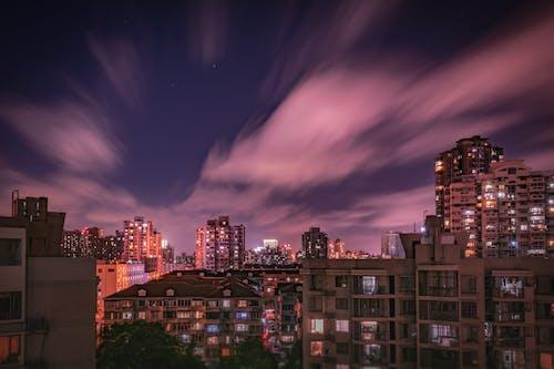 Ingyenes stockfotó ég, építészet, épületek, felhők témában
