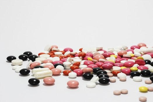 Kostenloses Stock Foto zu medizinisch, medikament, tabletten, pillen