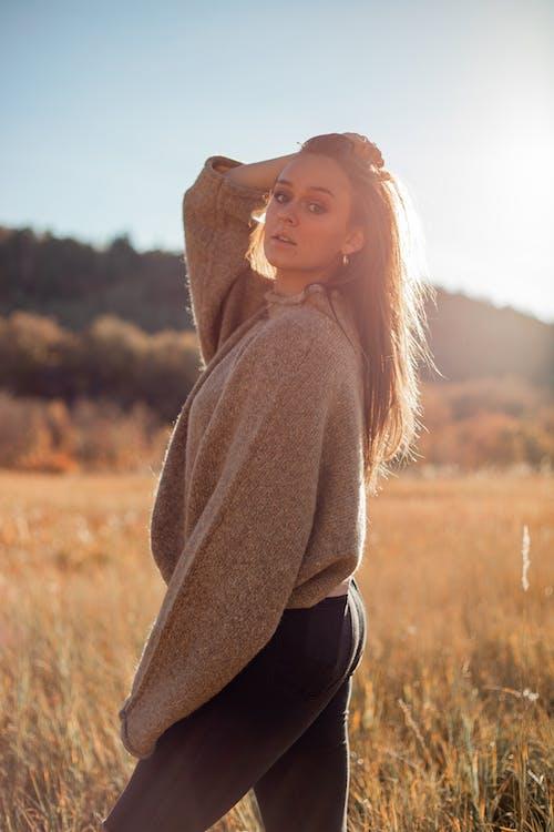 Photos gratuites de apparence, arrière-plan flou, attirant, automne