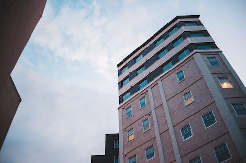 Ingyenes stockfotó ablak, belváros, család, építészet témában
