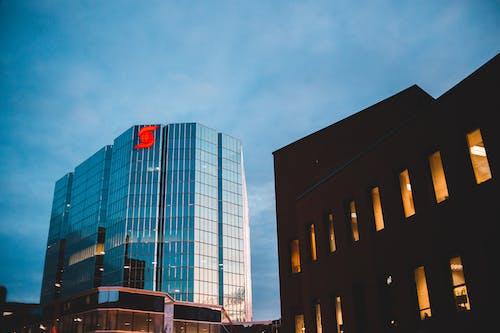 Ingyenes stockfotó ablak, belváros, építészet, épület témában