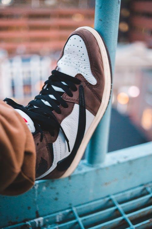 Ingyenes stockfotó cipő, divat, dorkó, emberek témában