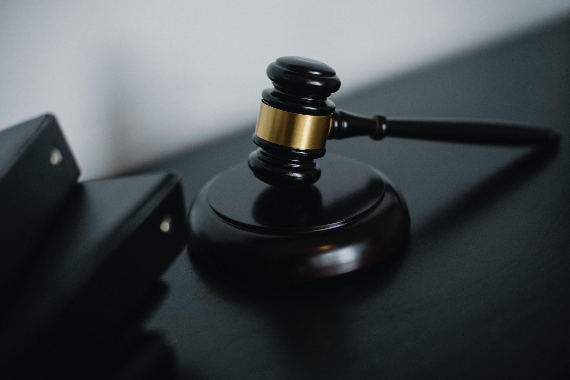 Criminal Vs Civil Lawyers