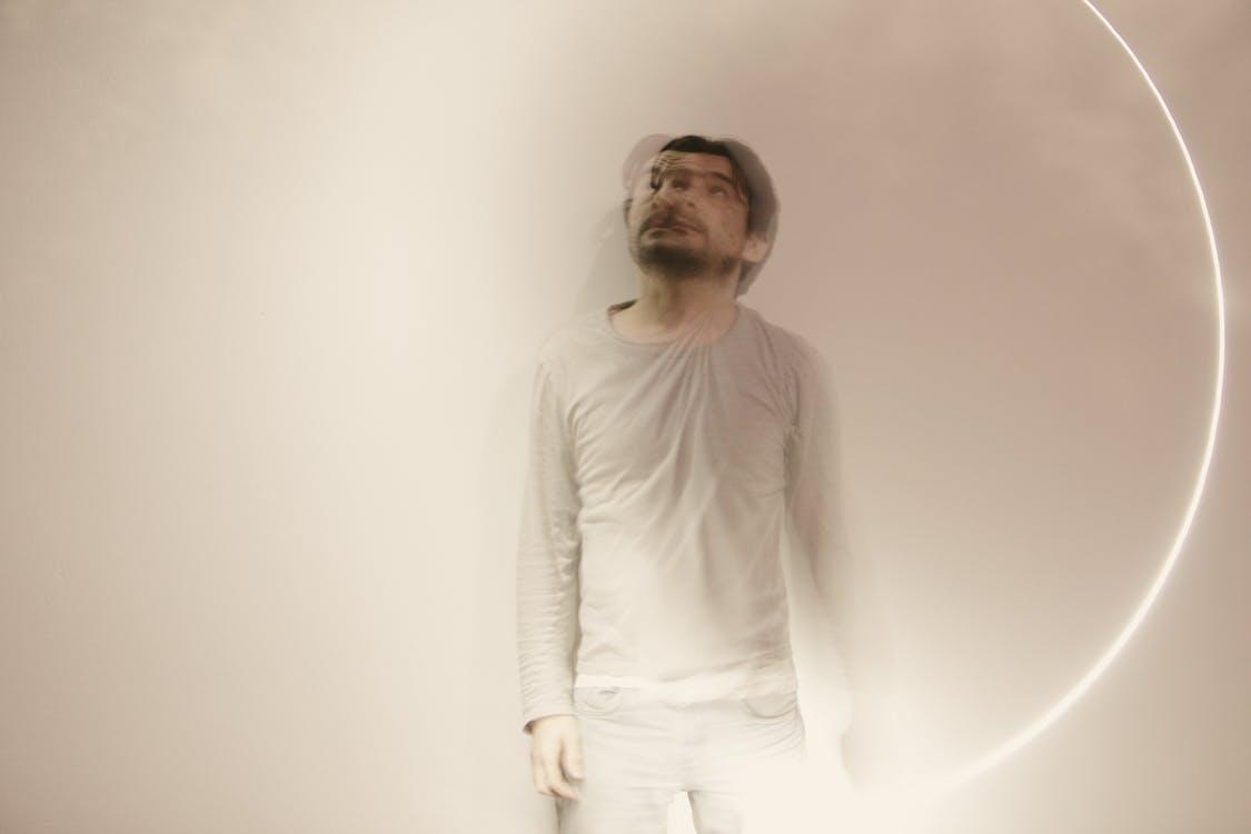 alessandro simonetto, chàng, phản xạ ánh sáng