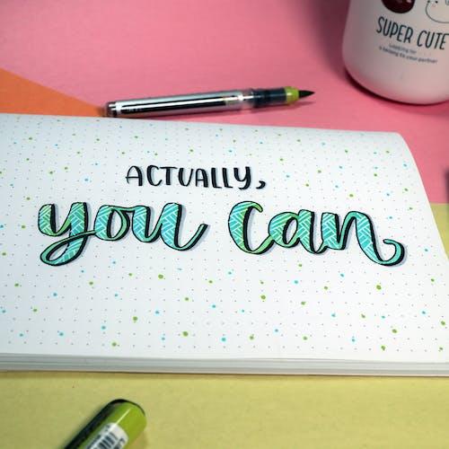 Gratis lagerfoto af bogstaver, håndskrift