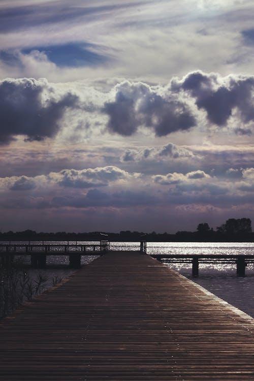 Darmowe zdjęcie z galerii z burza, chmura, chmury, deski