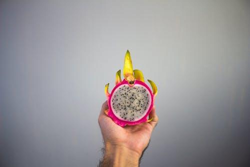 Δωρεάν στοκ φωτογραφιών με dragon fruit, καρπός, κομμένο σε φέτες, σπόροι