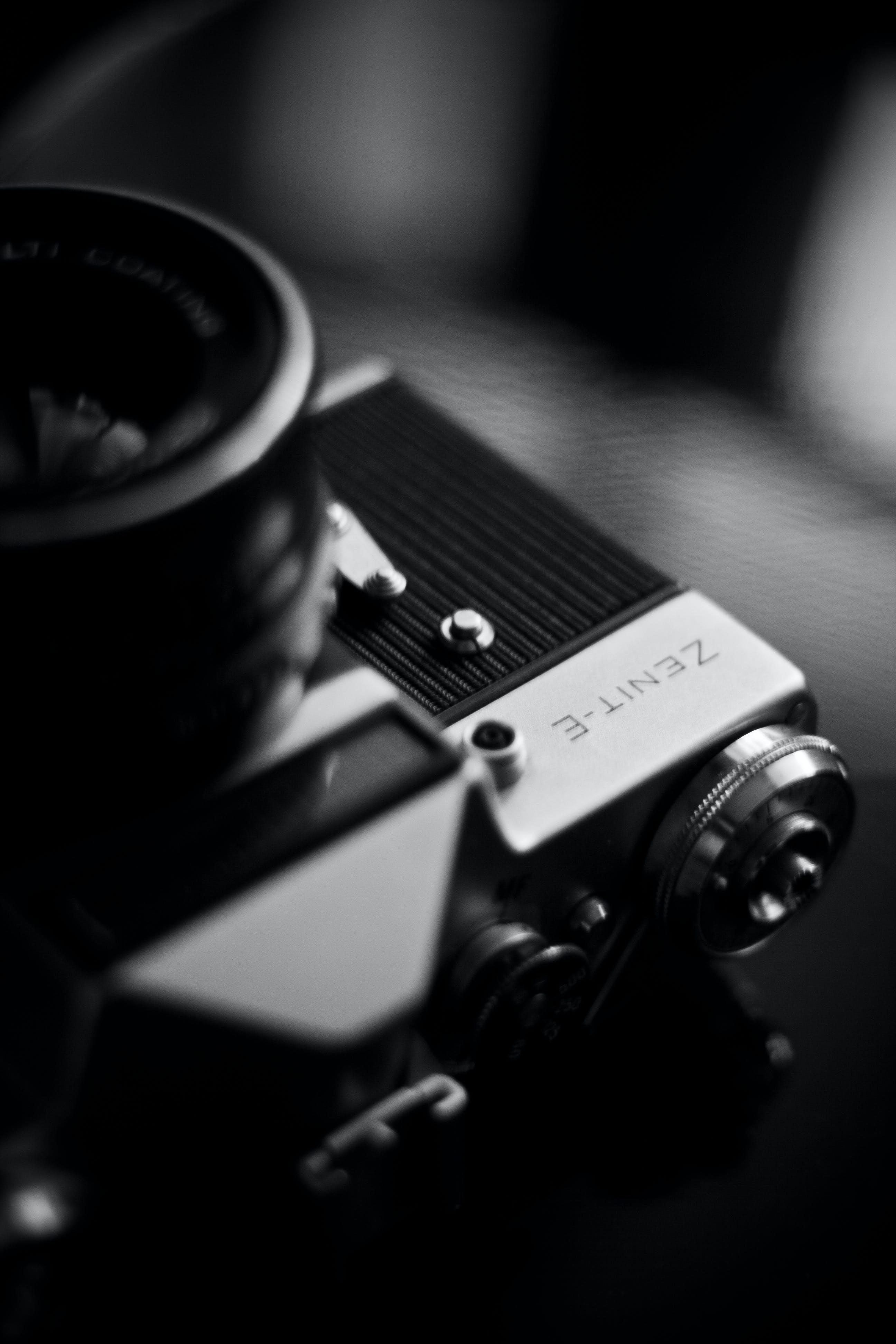 Kostenloses Stock Foto zu fotografie, kamera, schwarz und weiß, vintage