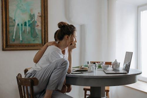 Fotobanka sbezplatnými fotkami na tému čaj, dospelý, dve osoby, hotel