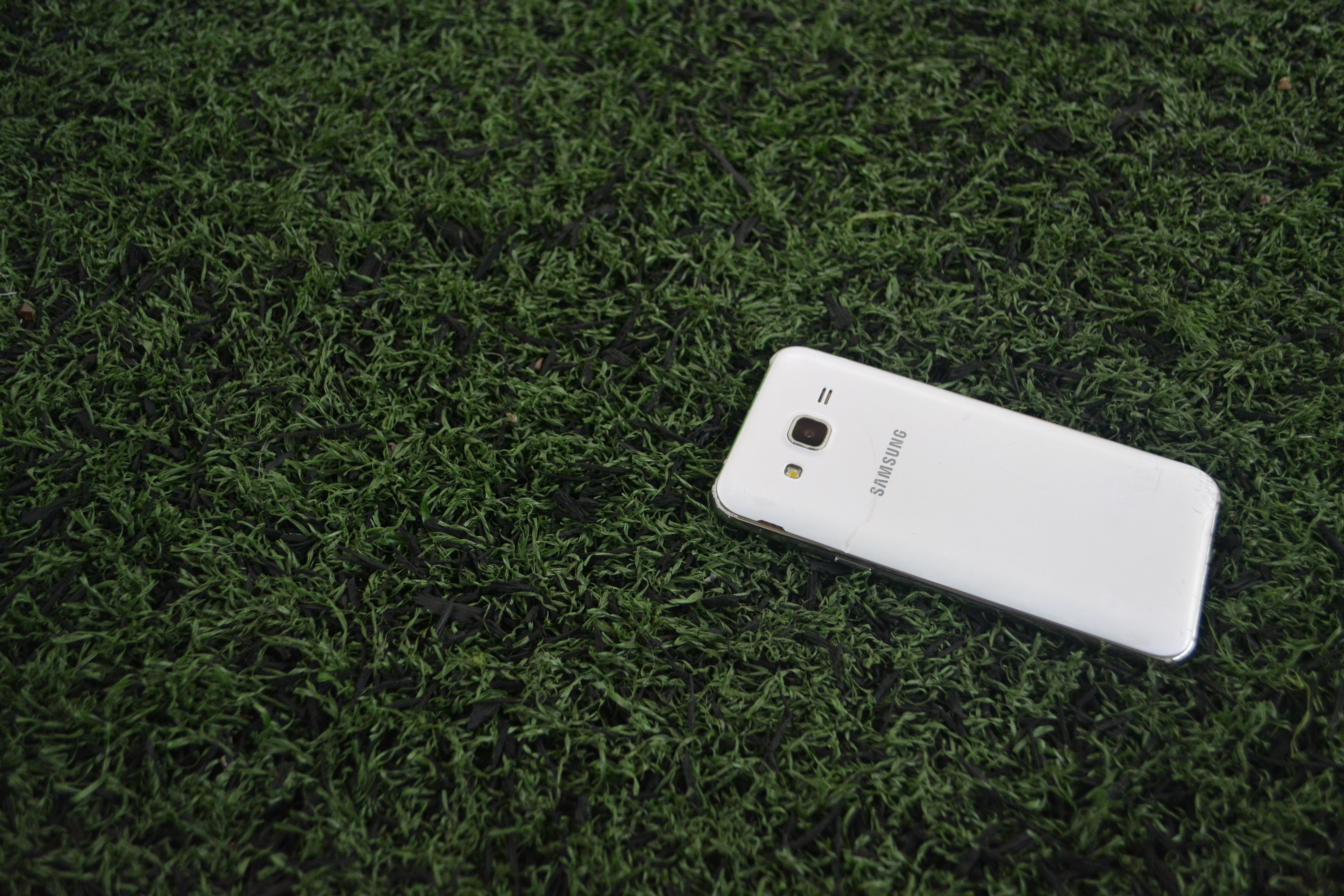 Free stock photo of cell phone, grass, phone, picture