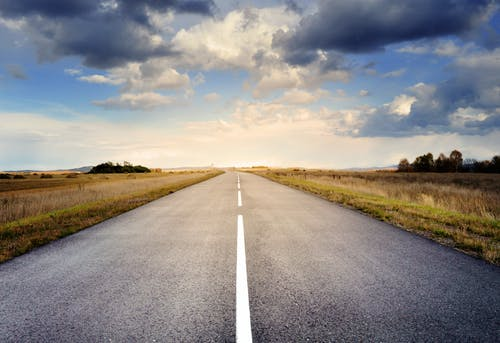 Безкоштовне стокове фото на тему «асфальт, дорога, небо, подорож»