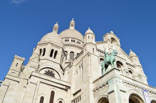 Kostenloses Stock Foto zu anbetung, basilika, basilika des heiligen herzens von paris, basilika sacré-cœur