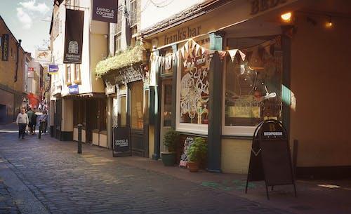 Kostnadsfri bild av äta ute, butiker, gammal gata, gata