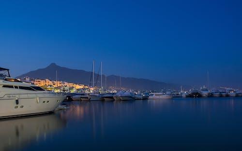 deniz, gece, gemiler, gökyüzü içeren Ücretsiz stok fotoğraf