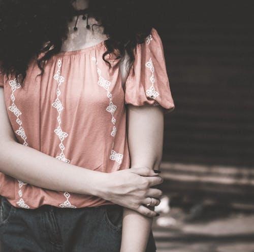 Бесплатное стоковое фото с девочка, детали, женщина, красивая