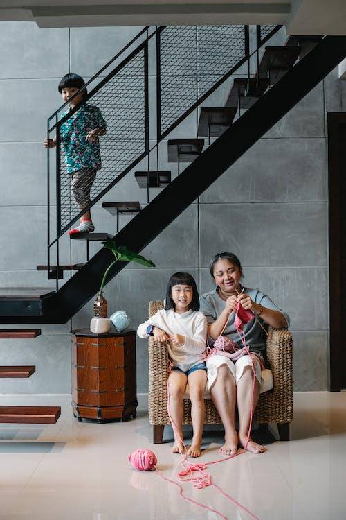 Kostenloses Stock Foto zu aktivität, asiatische frau, asiatische kinder, asien: menschen