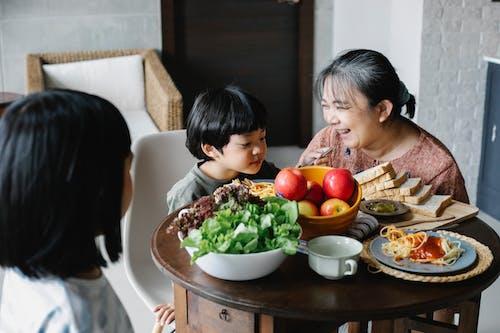 Kostenloses Stock Foto zu asiatische frau, asiatische kinder, asien: menschen, beziehung