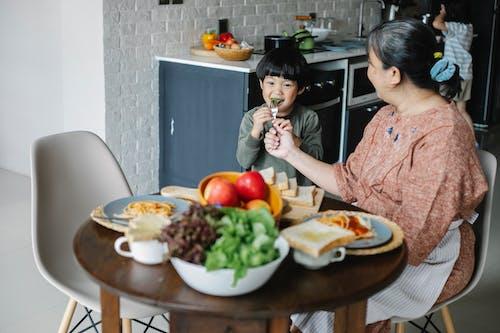 Kostenloses Stock Foto zu asiatische frau, asiatisches kind, asien: menschen, bezaubernd