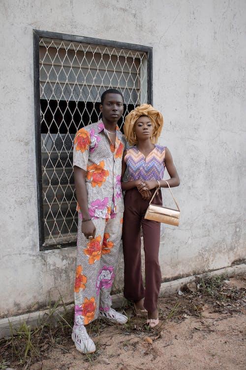 Gratis stockfoto met Afrikaanse man, Afrikaanse vrouw, balk, bar