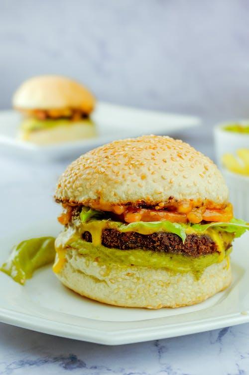 Ingyenes stockfotó asztal, büfé, burger, ebéd témában