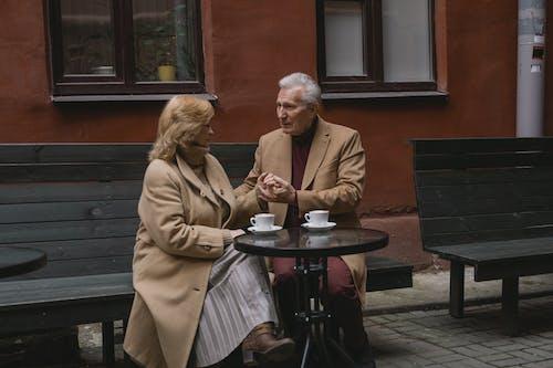 Photos gratuites de amour, banc, couple de personnes âgées