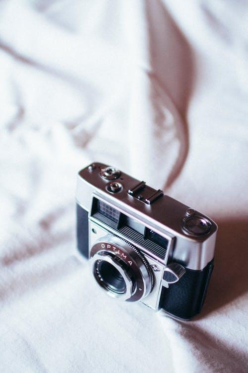 açıklık, bağbozumu, eskiye dönüş, kamera içeren Ücretsiz stok fotoğraf