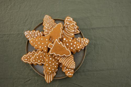 Brown Christmas Tree-Shaped Gingerbread Cookies