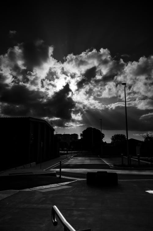 Kostnadsfri bild av gata, himmel, moln