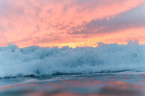 Безкоштовне стокове фото на тему «атмосфера, барвистий, безтурботний, берег моря»