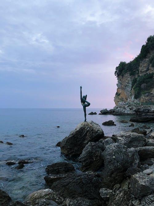 Immagine gratuita di acqua, architettura, ballerina